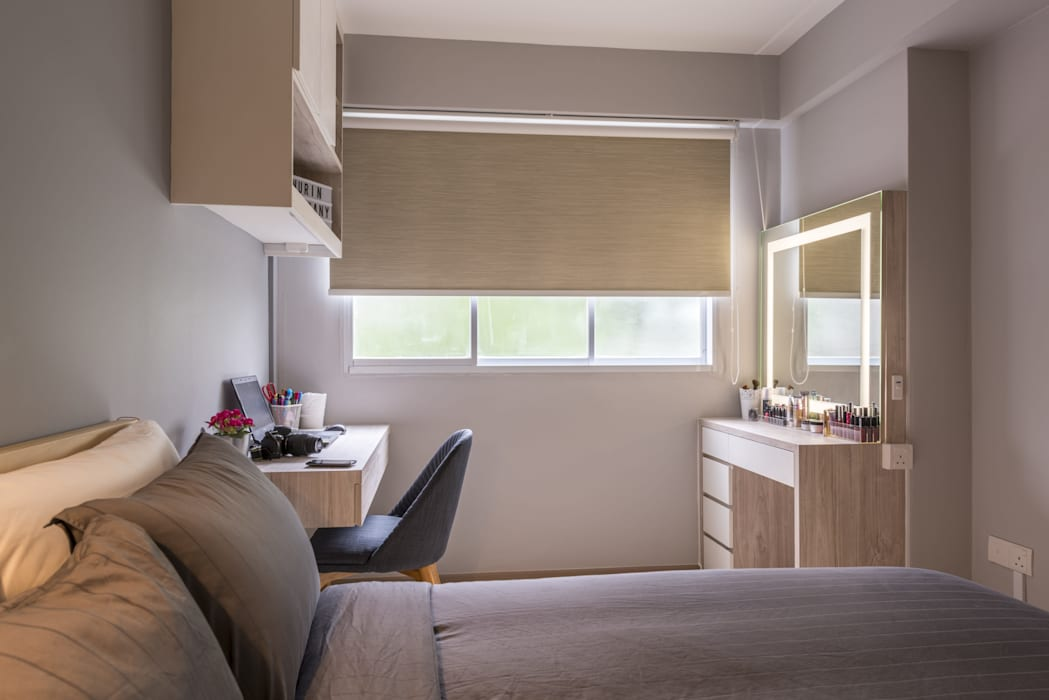 689A Choa Chu Kang - Modern Scandinavian :  Bedroom by VOILÀ Pte Ltd
