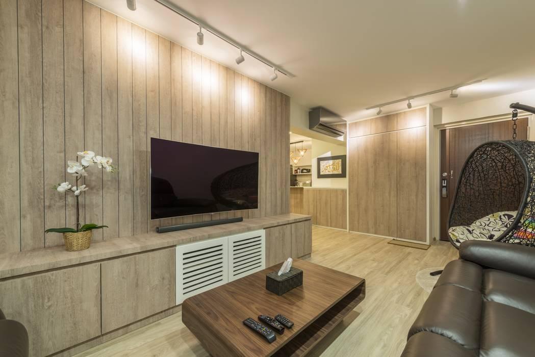 689A Choa Chu Kang - Modern Scandinavian :  Living room by VOILÀ Pte Ltd