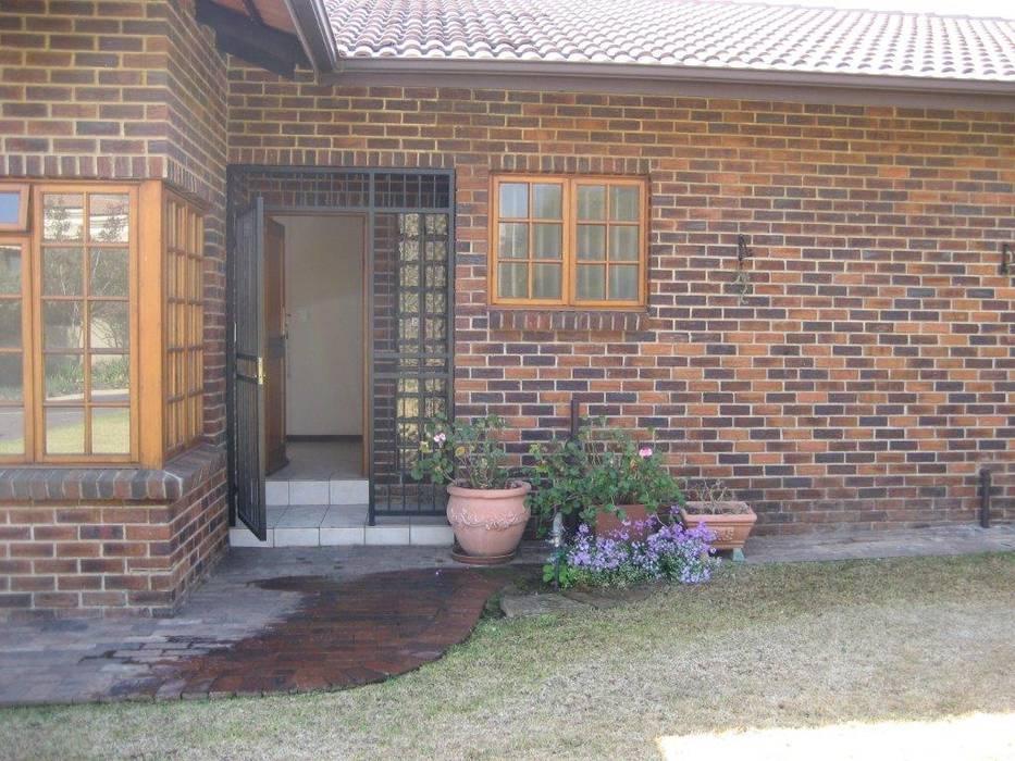 Main Entrance:   by Deborah Garth Interior Design