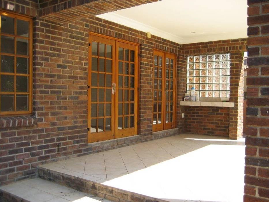 Patio Before:   by Deborah Garth Interior Design