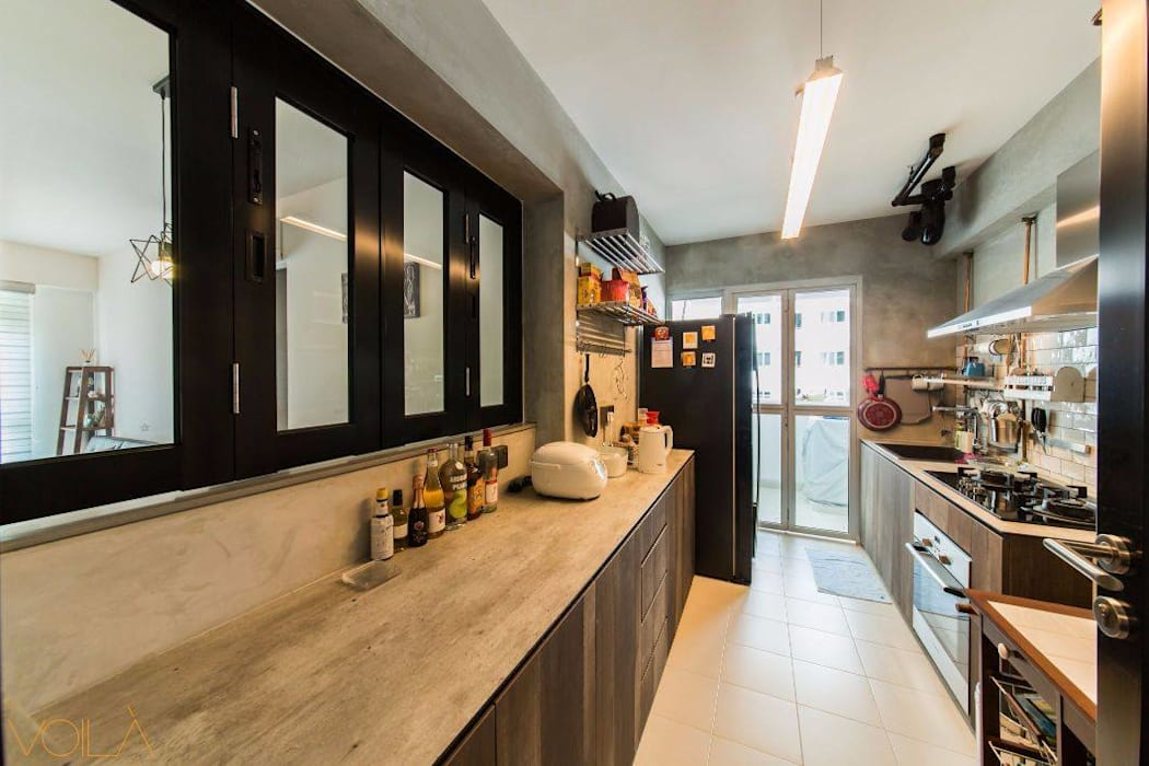 Dapur built in oleh homify, Industrial