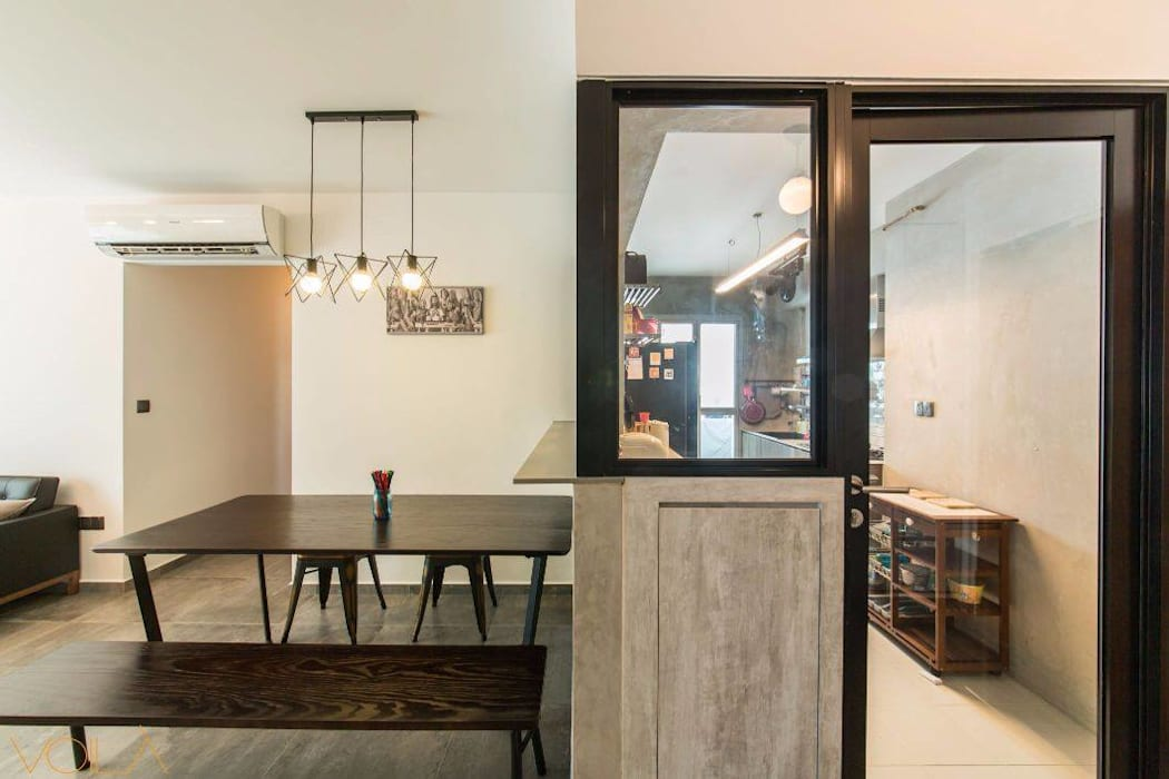 807C Chai Chee - Industrial :  Built-in kitchens by VOILÀ Pte Ltd,Industrial