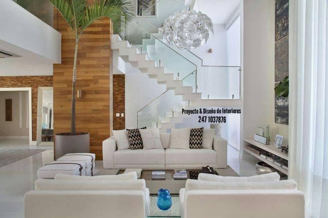 Ruang Multimedia oleh PROYECTO & DISEÑO DE INTERIORES, Klasik Kayu Wood effect