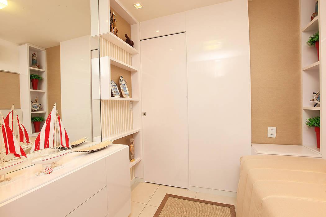 Apartamento em Fortaleza para férias: Quartos  por RI Arquitetura