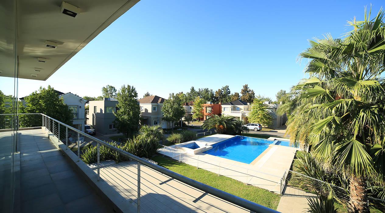 by ARQCONS Arquitectura & Construcción Modern
