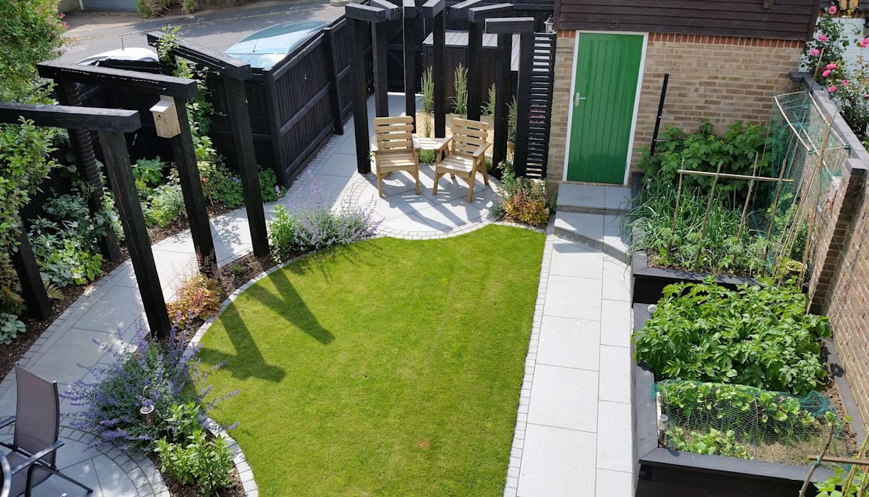 jcgardendesign: Garden Design Berkshire