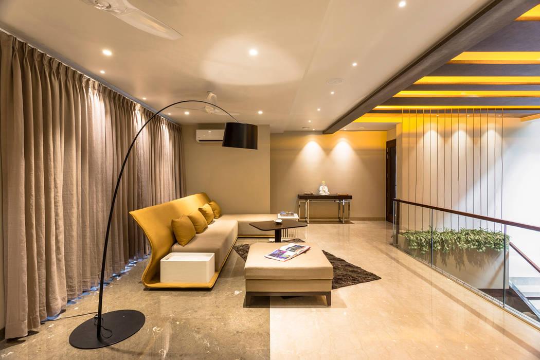 The Upper Floor Modern corridor, hallway & stairs by Planet Design & Associates Modern
