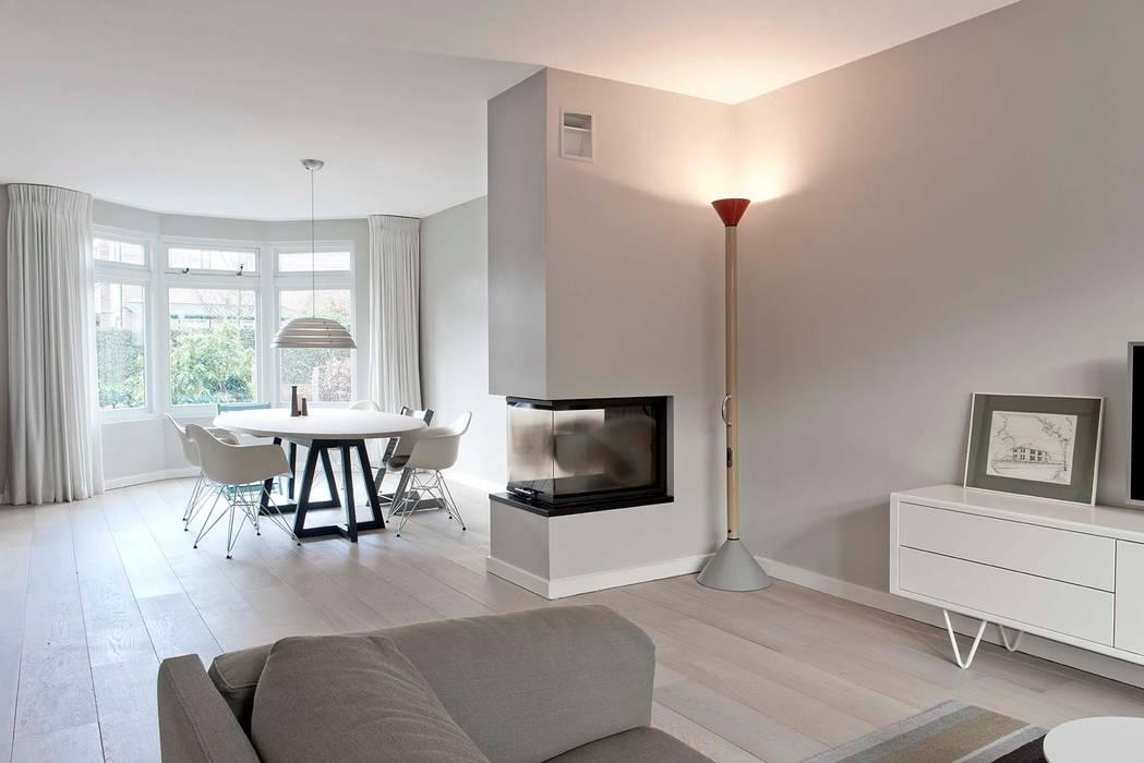 Verbouwing familiewoning Den Haag:  Eetkamer door Atelier Perspective Interieurarchitectuur