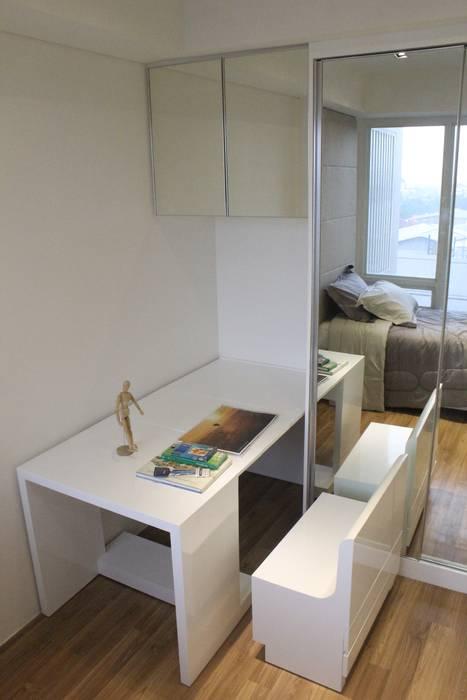Apartemen Landmark II - 2 Bedroom (Design II) Oleh POWL Studio Minimalis
