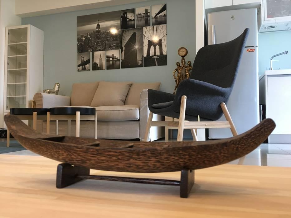 Scandinavian style living room by G.T. DESIGN 大楨室內裝修有限公司 Scandinavian