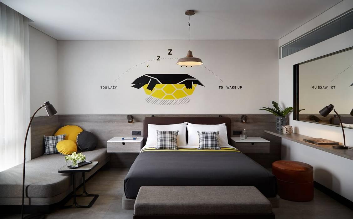 Rooms Inc. Kamar Tidur Modern Oleh LEDS C4 Modern