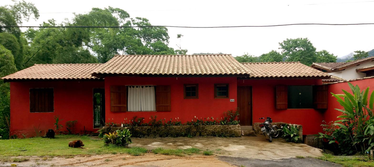 Casas unifamiliares de estilo  por Oria Arquitetura & Construções
