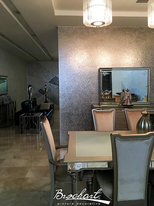 Comedor, técnica Hojuelas de Nácar ©: Paredes de estilo  por Brochart pintura decorativa