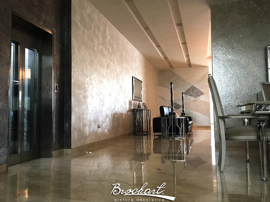 Comedor, técnica Hojuelas de Nácar, Ondulante, Caracol acuarela ©: Paredes de estilo  por Brochart pintura decorativa