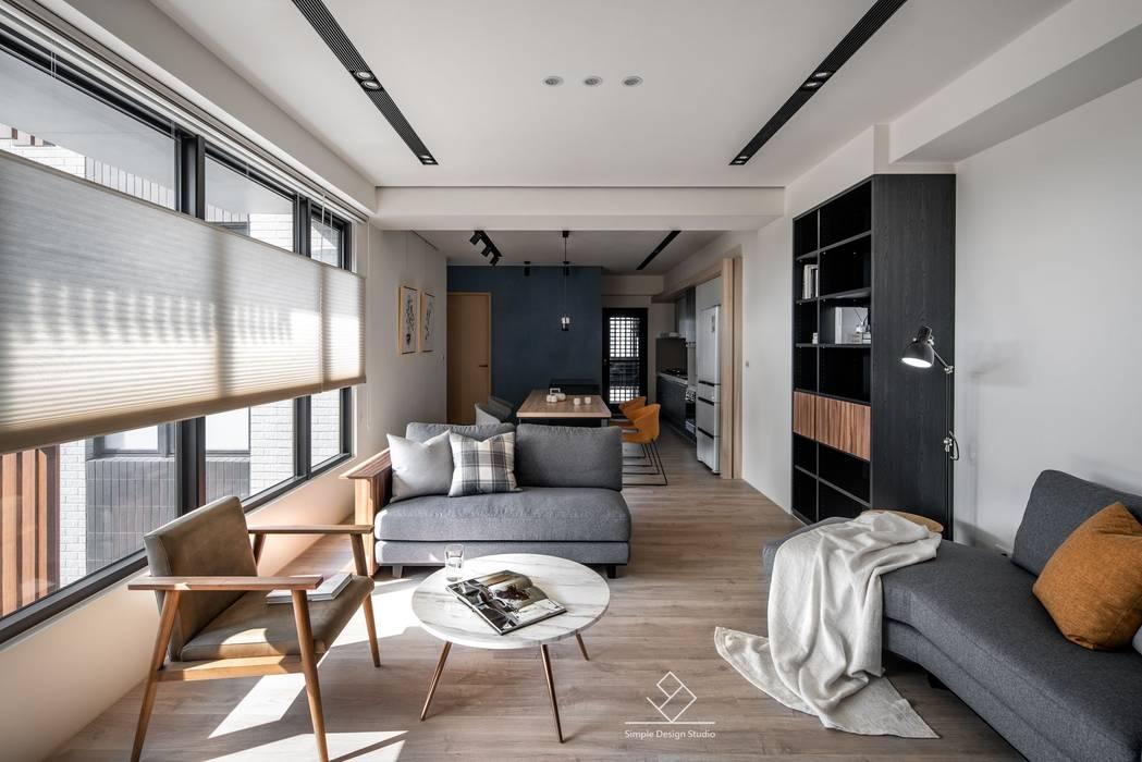 公共空間:  客廳 by 極簡室內設計 Simple Design Studio