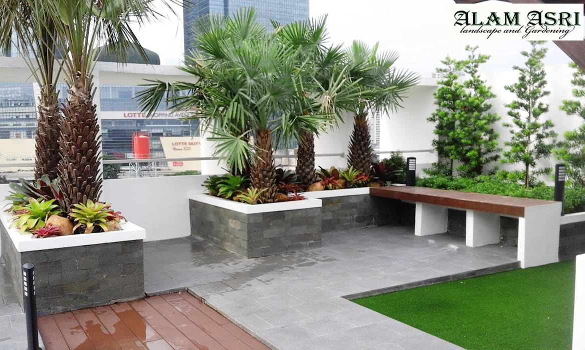 Roof Garden :  Taman batu by Alam Asri Landscape