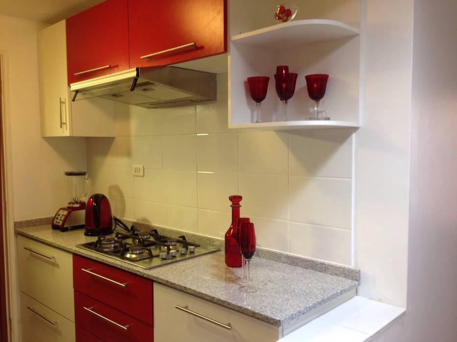 Cocina Laly: Cocinas equipadas de estilo  por R-Innovare