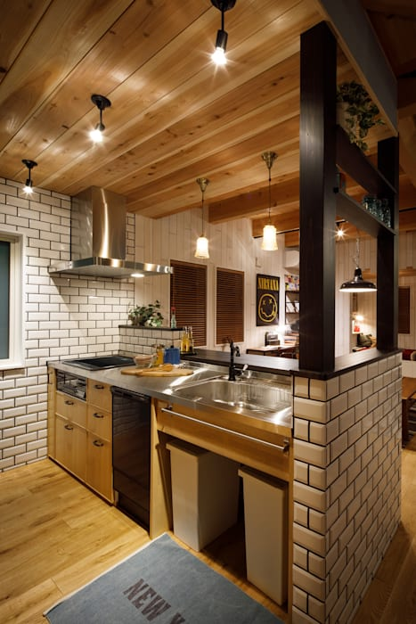 house-18 オリジナルデザインの キッチン の dwarf オリジナル