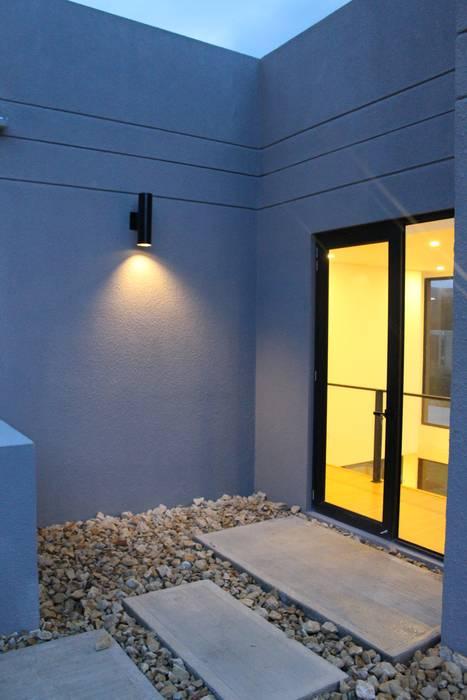 terraza 2: Terrazas de estilo  por IngeniARQ Arquitectura + Ingeniería, Moderno