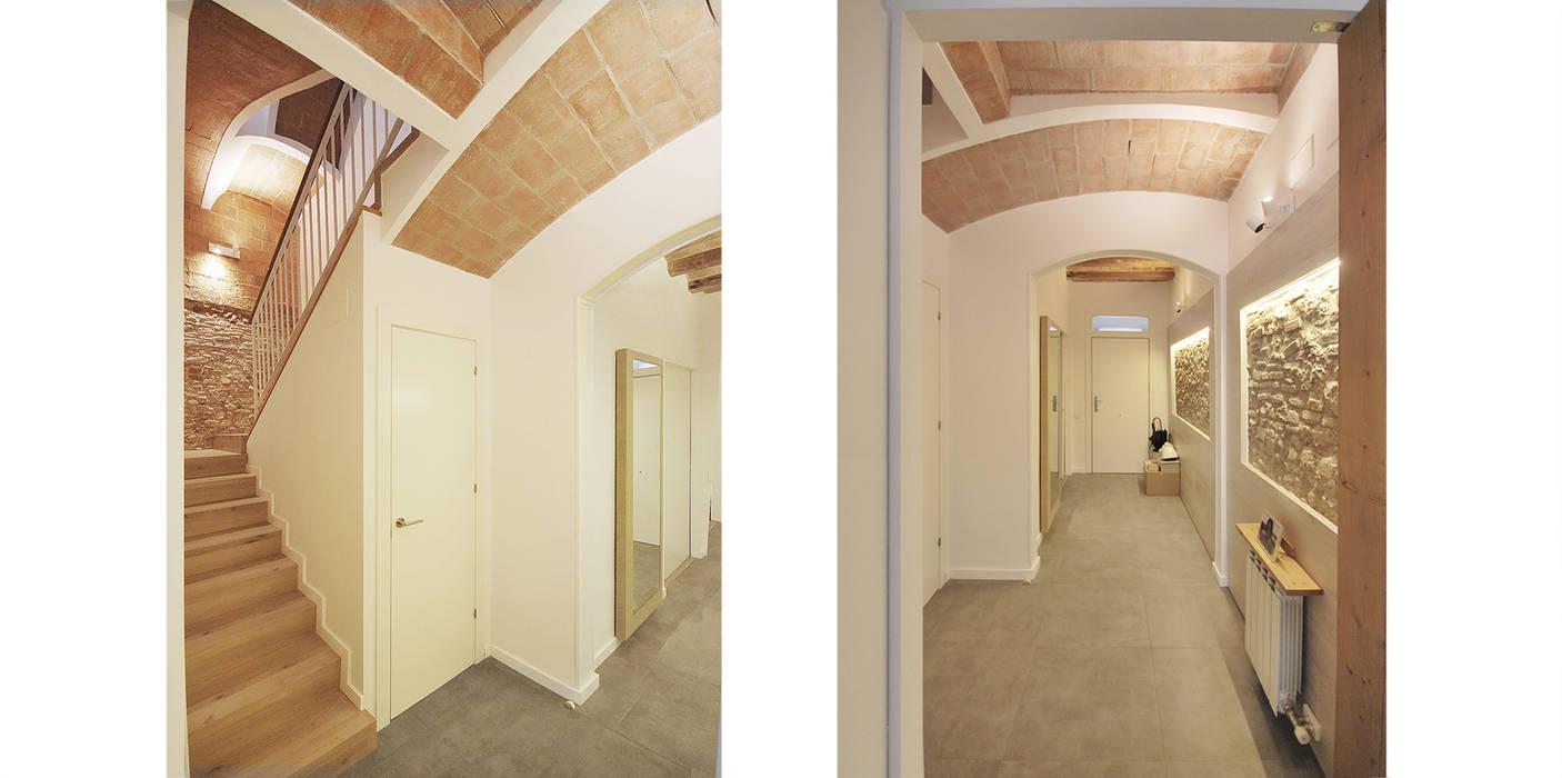 Koridor & Tangga Gaya Mediteran Oleh Abrils Studio Mediteran