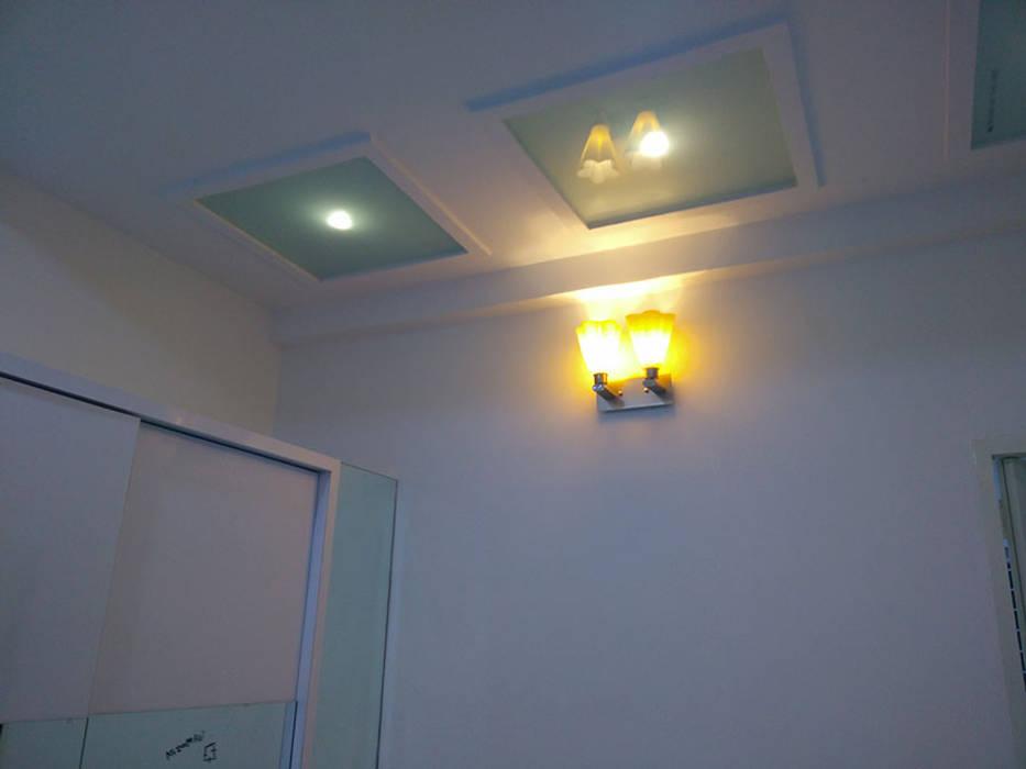 Enrich Interiors & Decors Corridor, hallway & stairsLighting