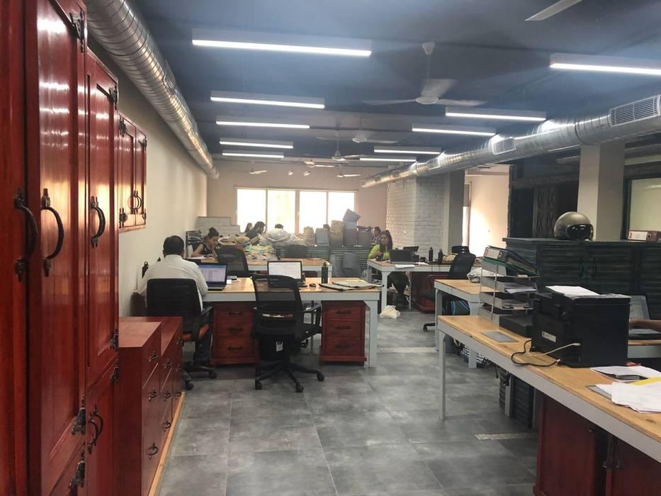 floor plan design:  Floors by Swiftpro Interior Designers in Delhi,Industrial