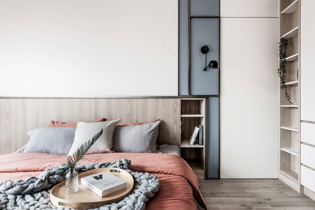 中古翻新生活宅 臥室床頭隱藏門 Scandinavian style bedroom by 達譽設計 Scandinavian