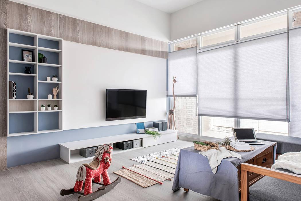 中古翻新生活宅 客廳就是生活遊憩區 by 達譽設計 Scandinavian