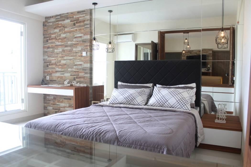 Galeri Ciumbuleuit III - Tipe 3 bedroom: Kamar Tidur oleh POWL Studio, Modern