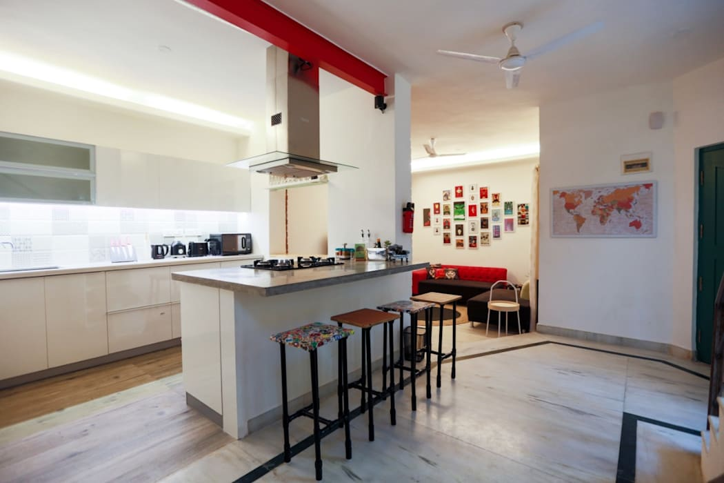 Mr Sathya Site at HSR Bangalore: modern  by Design Space,Modern Plywood