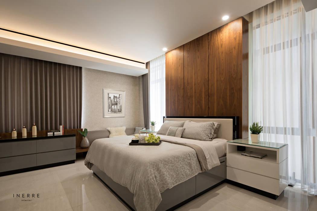 Master Bedroom: Kamar Mandi oleh INERRE Interior,