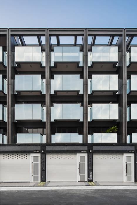 正立面幾乎都是玻璃.除了外觀美感外.最重要的室內空間的開闊度 竹村空間 Zhucun Design 辦公室&店面 玻璃