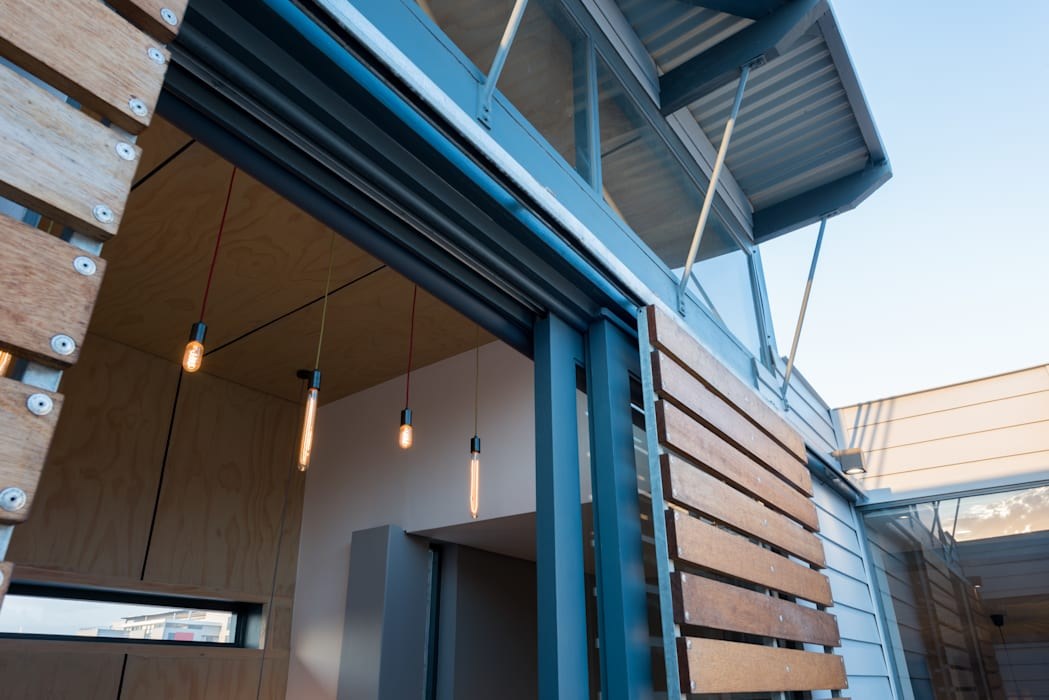 by Barak Mizrachi Architects Industrial Iron/Steel