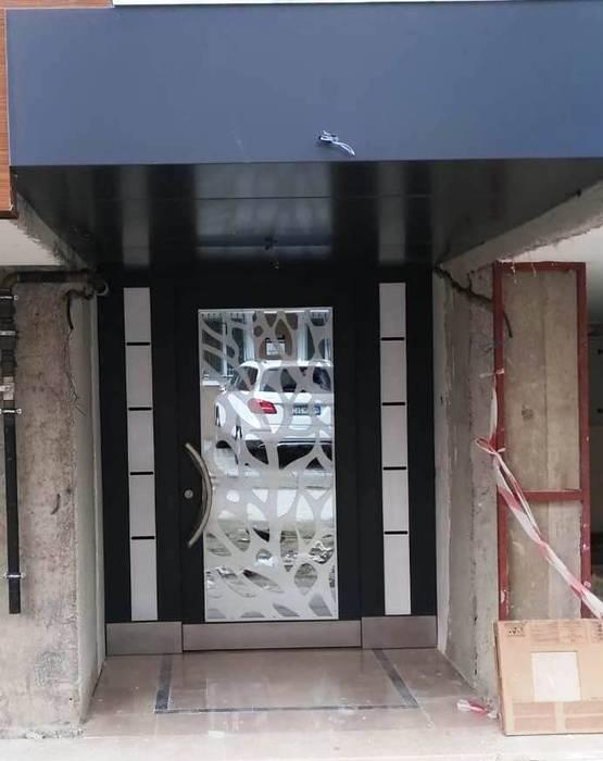 Puertas principales de estilo  por Ayteksa L.t.d,