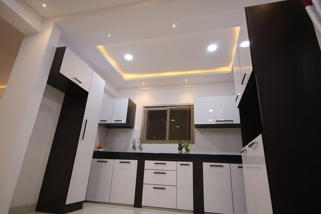 Modular Kitchen by Enrich Interiors & Decors Asian Plywood