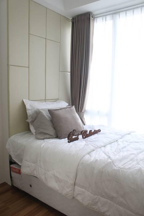 Single Bed Kamar Tidur Minimalis Oleh POWL Studio Minimalis
