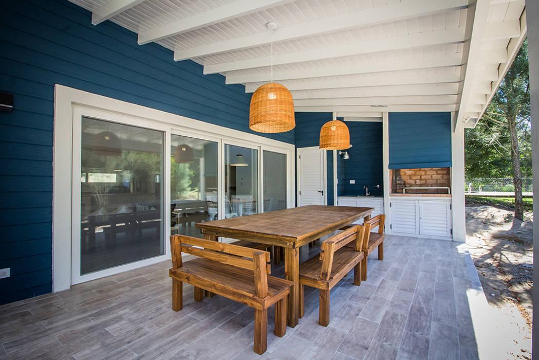Casa 390 Deportivo por JOM HOUSES: Terrazas de estilo  por JOM HOUSES,Moderno