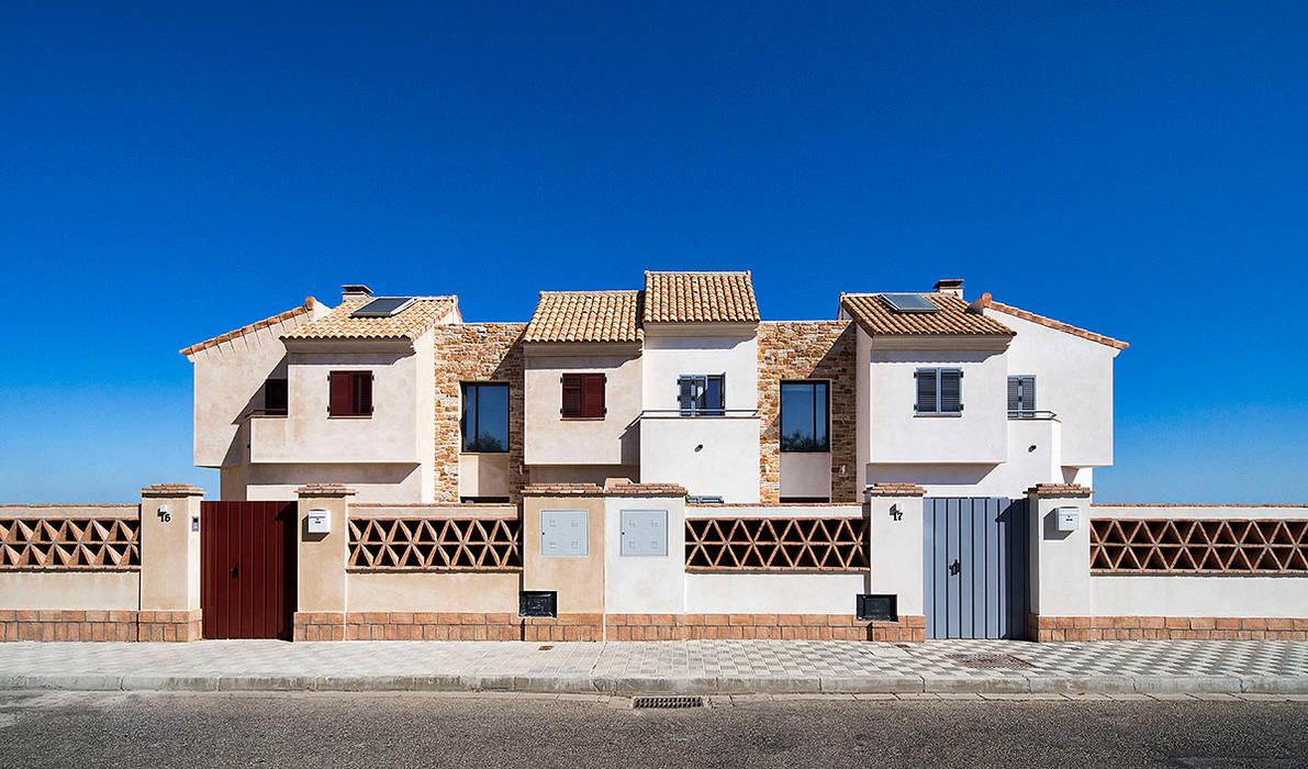 Śródziemnomorskie domy od Idearte Marta Montoya Śródziemnomorski
