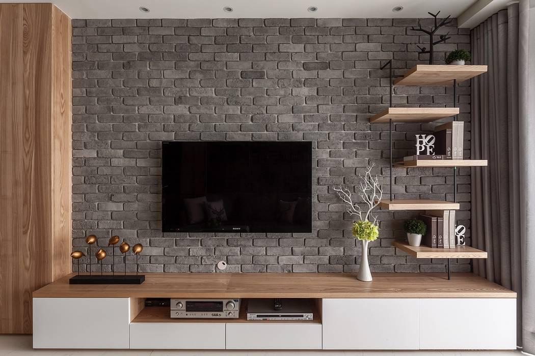 灰牆:  客廳 by 鼎士達室內裝修企劃, 現代風 石灰岩
