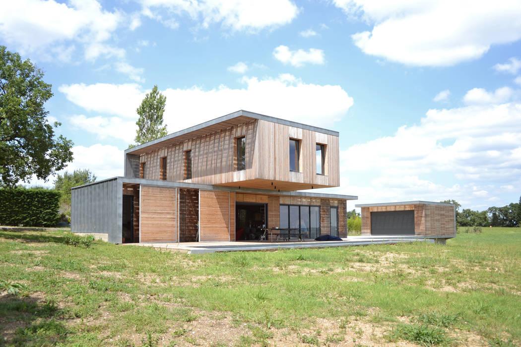 Maison en bois et béton esprit loft par créateurs d ...