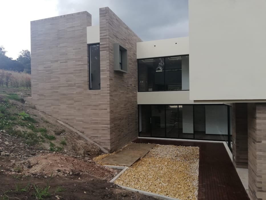 PATIO CENTRAL Casas modernas de homify Moderno