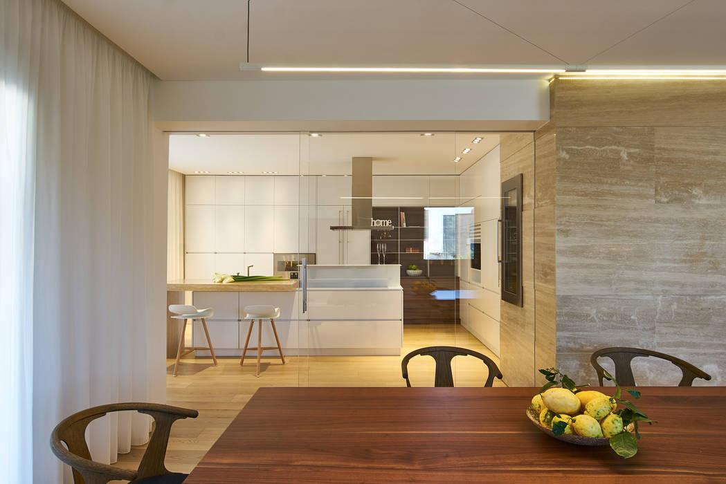 Private Apartment in Crotone: Cucina in stile  di Sammarro Architecture Studio