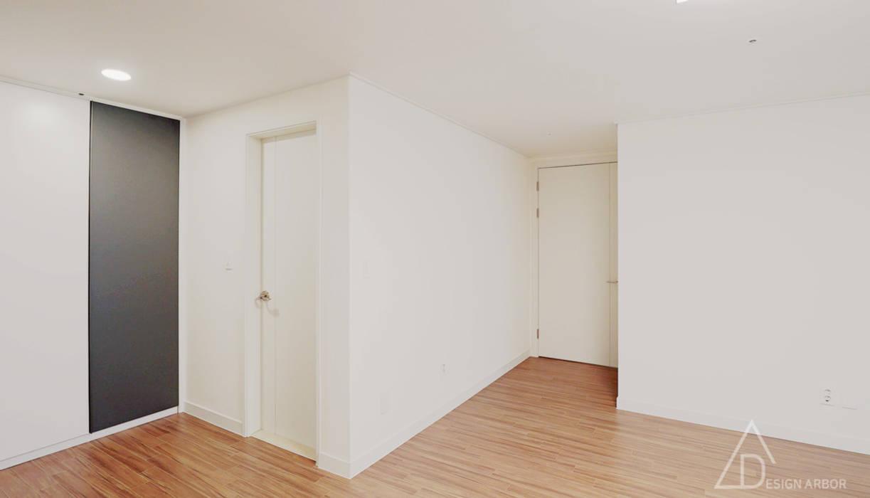 넓게, 더 넓게! 송도 캐슬앤해모로 인테리어: 디자인 아버의  방,모던
