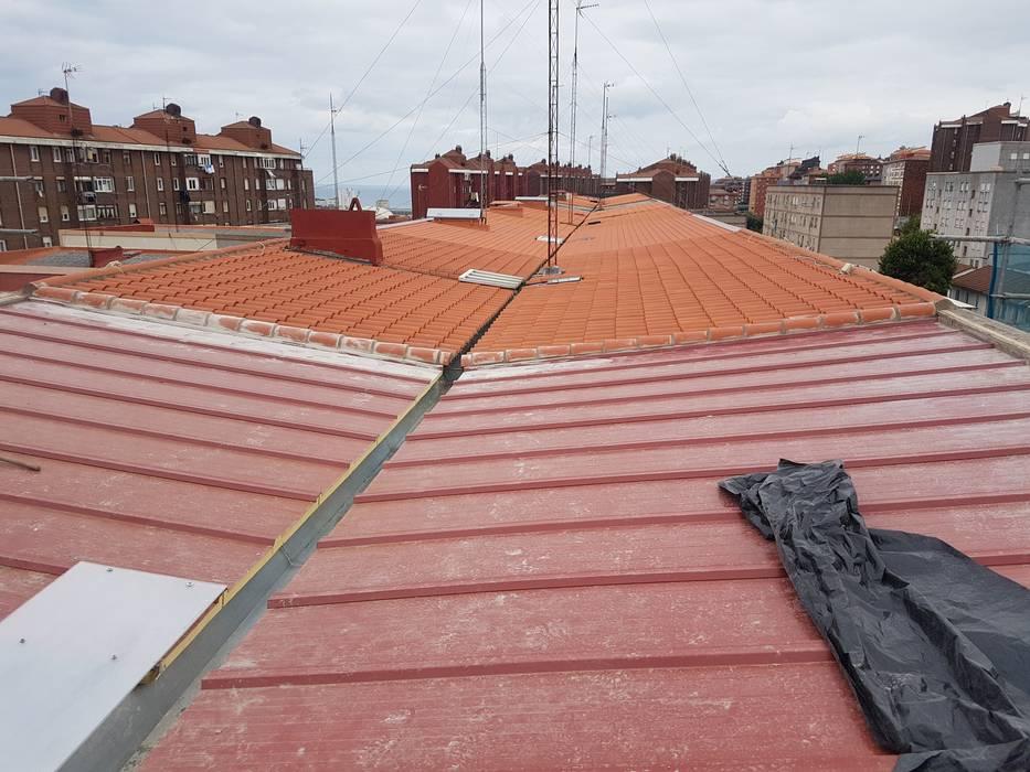 MAU ALBAÑILERIA EN GENERAL SL의  평지붕