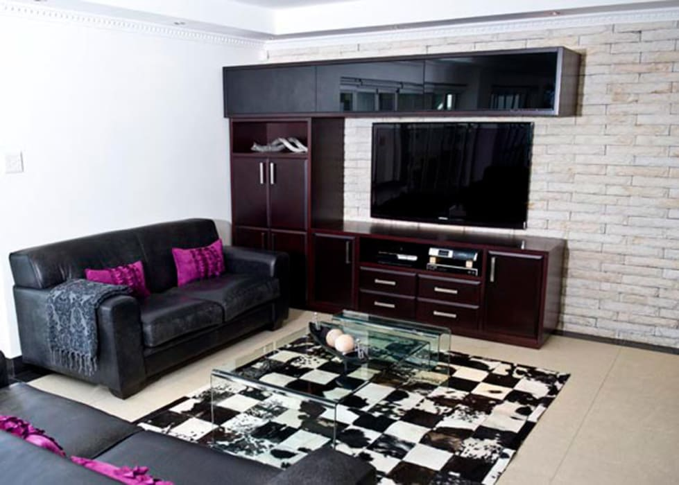 House Habana:  Living room by AB DESIGN,