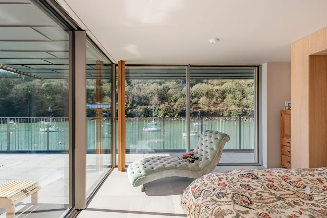 Basement windows by IQ Glass UK, Minimalist Glass