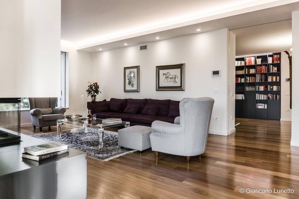 Ignazio Buscio Architetto Livings de estilo moderno Madera Blanco