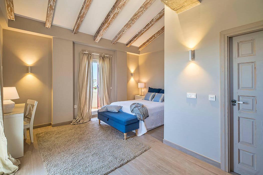 Śródziemnomorska sypialnia od Idearte Marta Montoya Śródziemnomorski