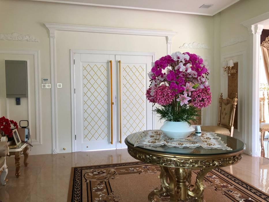 PT. Leeyaqat Karya Pratama Asian style corridor, hallway & stairs