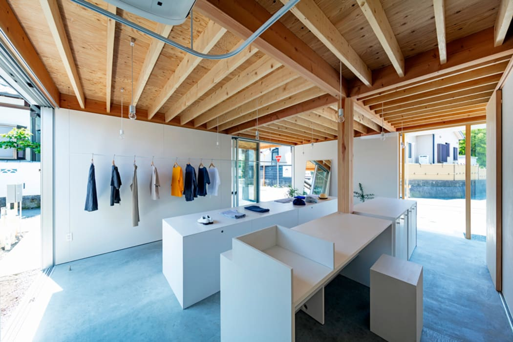 uPVC windows by すずき/suzuki architects (一級建築士事務所すずき)